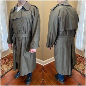Vintage Burberry removable collar trench coat